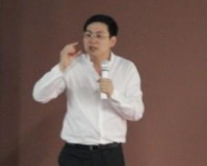 【毕友故事会】第4期_川大01级MBA倍得管理公司总经理许植先生谈职场视频