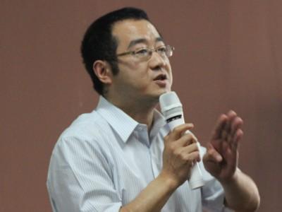 访西南交大MBA校友会副会长、成都华美牙科集团总经理钟东明