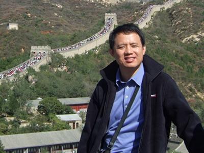 访电子科大MBA同学会会长、安必信管理顾问公司董事长钟飞鹏先生