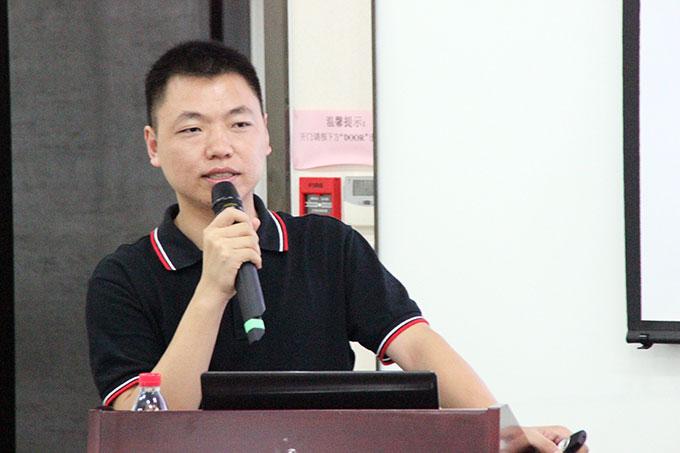 川报集团川商传媒有限公司董事副总经理、川商全国理事会秘书长李永红
