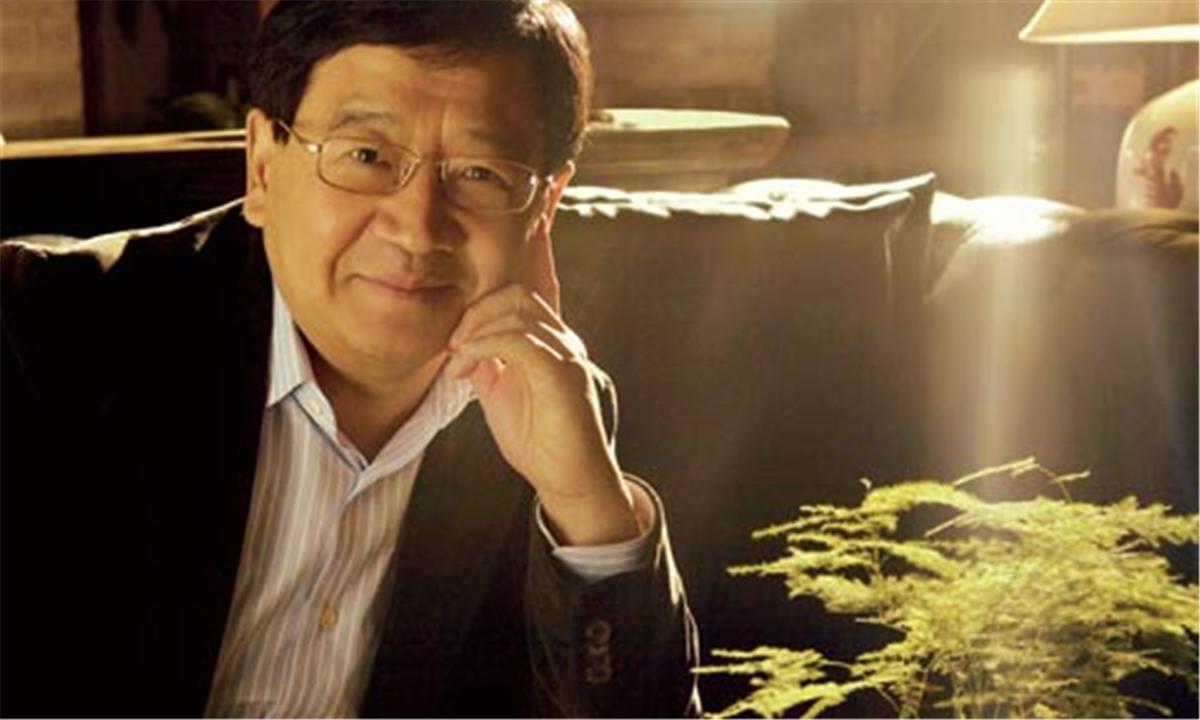 """徐小平""""撒鸡汤"""":创业者改变不了大环境,要埋头做事"""