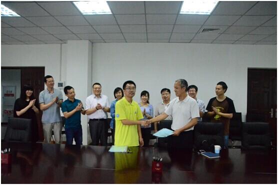 """电子科大学生创业团队参加""""中国西部创星计划""""获60万估值,成功引资24万!"""
